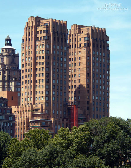 The majestic at 115 central park west in lincoln square for Central park apartments new york