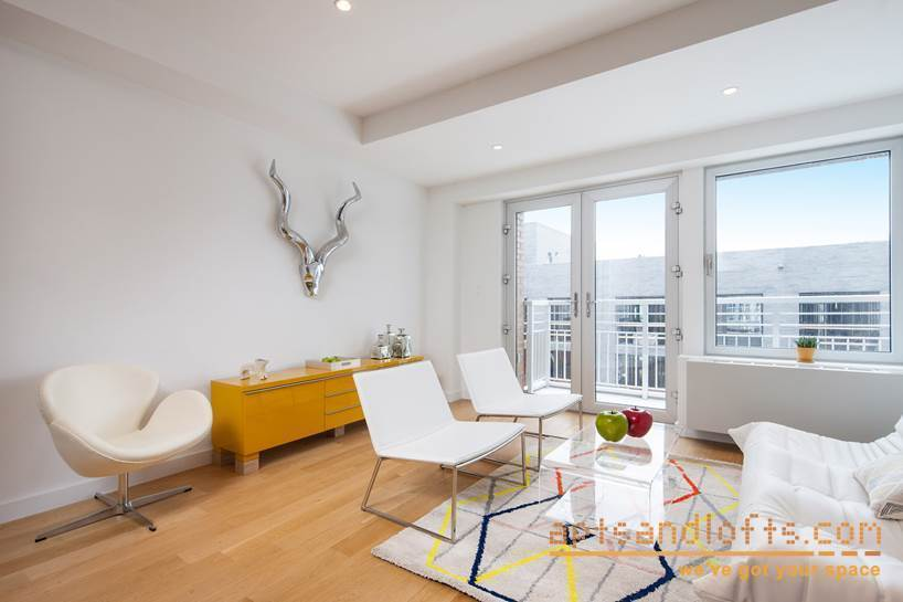 Apartment / Flat / Unit   260 North 9th Street #3A, New York, NY 12