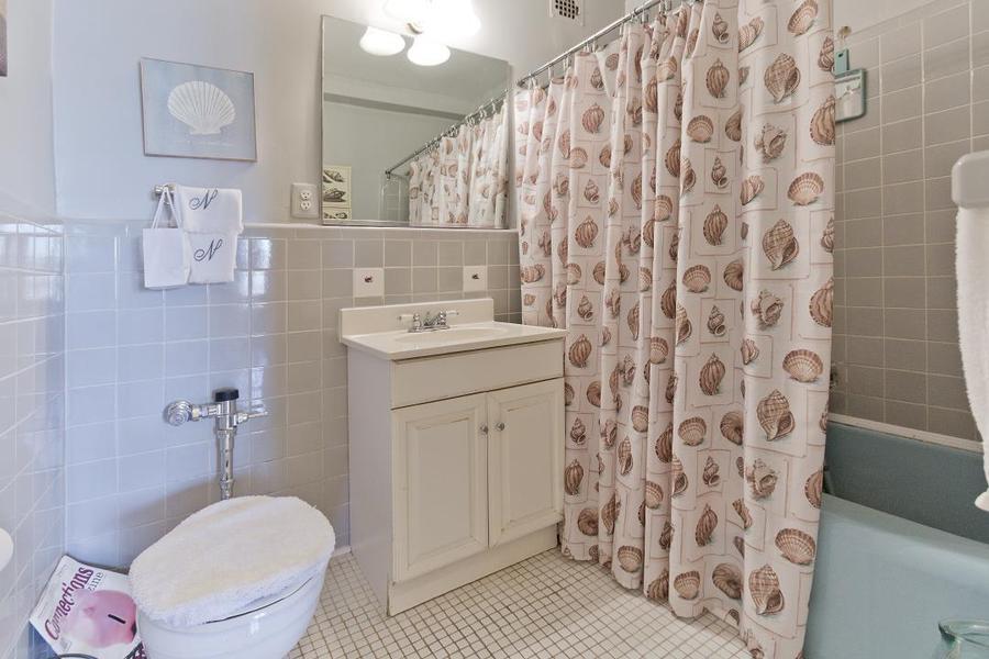 Apartment / Flat / Unit   303 Beverly Road #9N, New York, NY 6