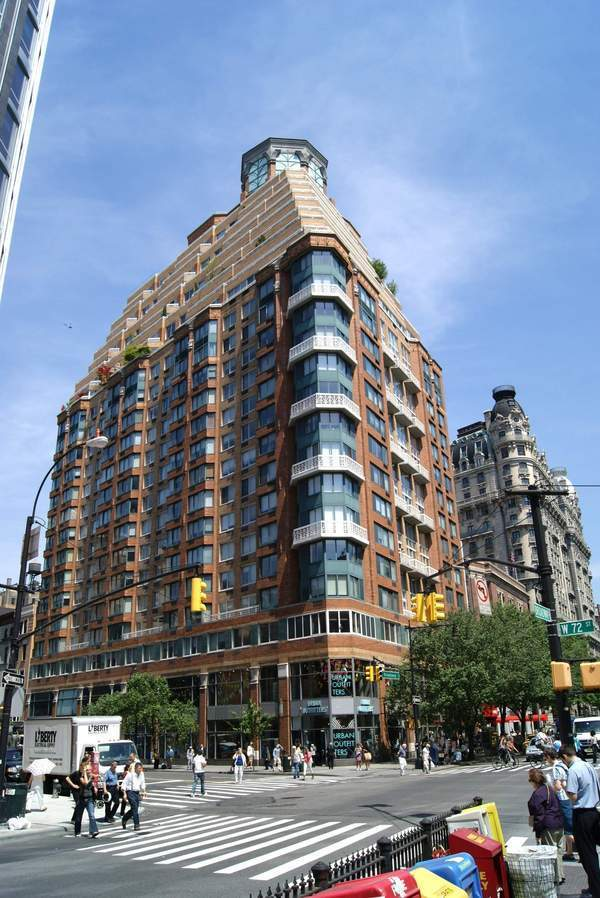 The Alexandria At 201 West 72nd St In Upper West Side