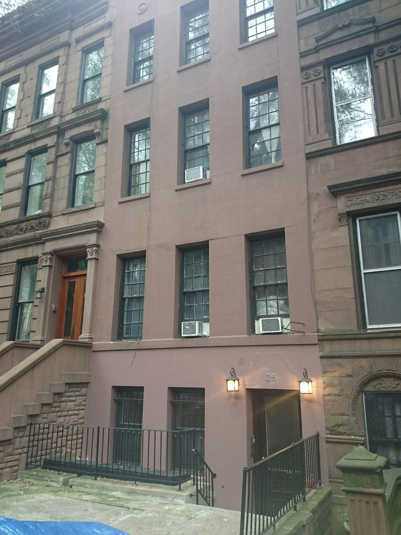 26 west 95 street in upper west side manhattan naked for Apartments in upper manhattan