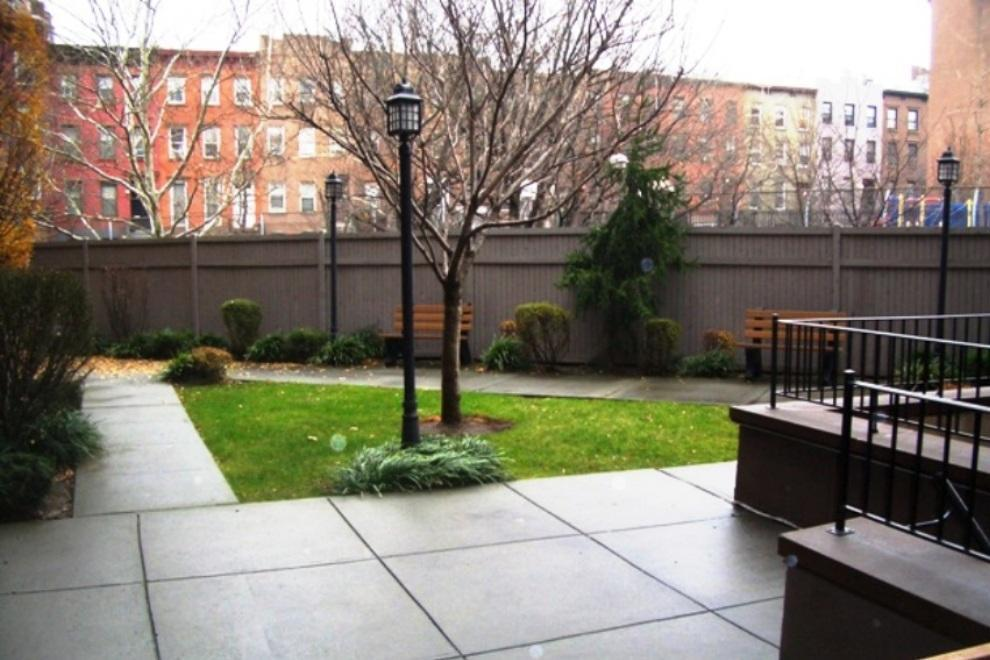 Apartment / Flat / Unit | 93 Rapelye Street #5F, New York, NY 8