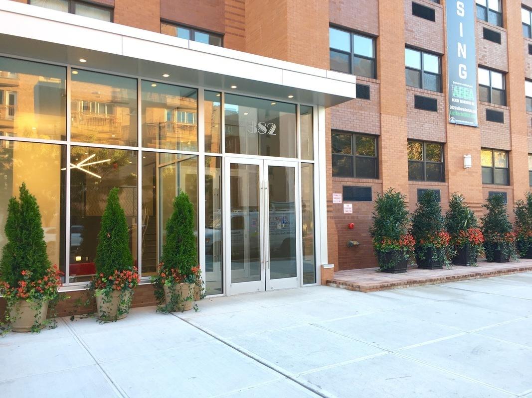 Streeteasy 382 Lefferts Avenue In Prospect Lefferts Gardens 3e Sales Rentals Floorplans
