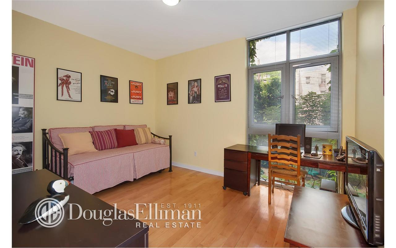 Apartment / Flat / Unit | 82 Guernsey Street #1B, New York, NY 5