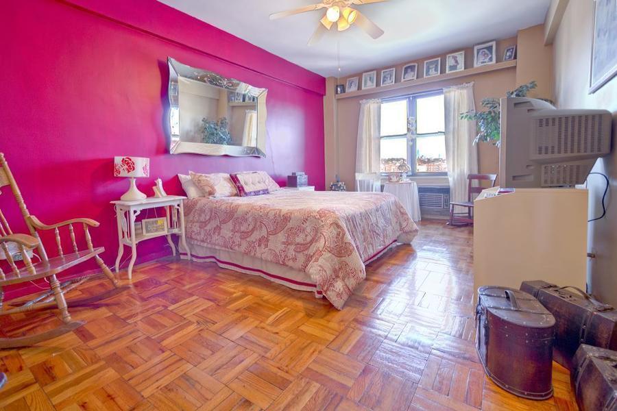 Apartment / Flat / Unit   303 Beverly Road #9N, New York, NY 5