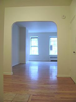 Streeteasy 1409 york avenue in upper east side 1c for Model apartment geffen
