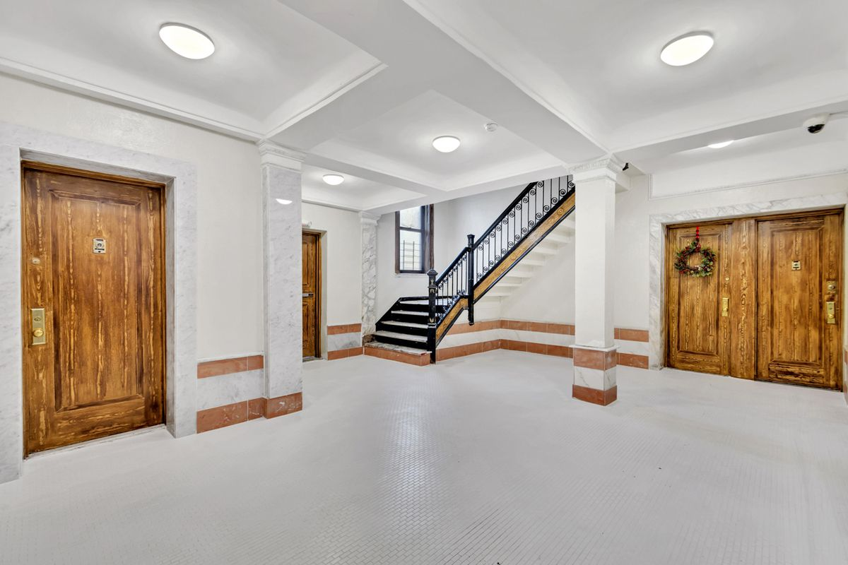 StreetEasy: 2333 Loring Place North in University Heights, #25 ...