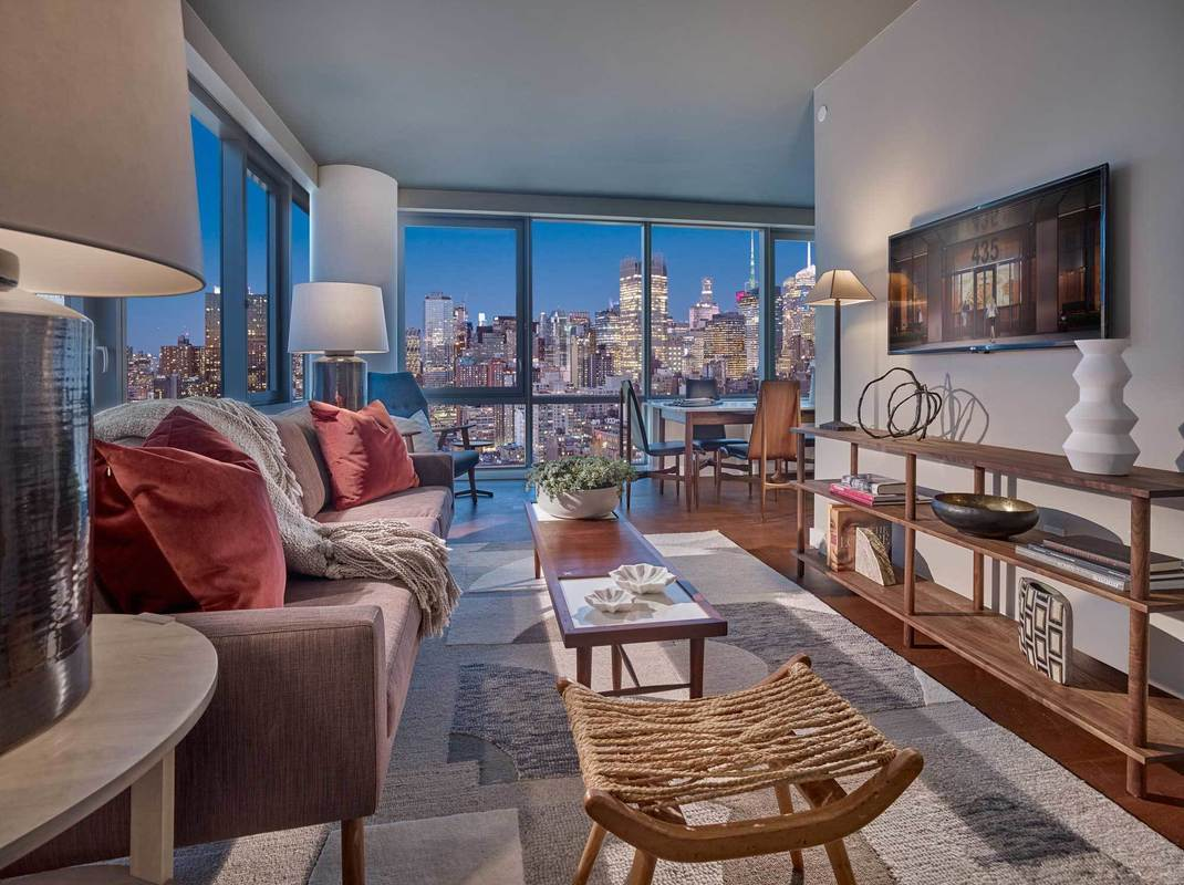 The Eugene at 435 West 31st St. in Hudson Yards : Sales ...