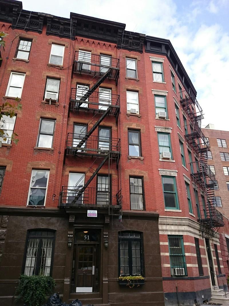 51 leroy street in west village manhattan naked apartments for Manhattan west village apartments