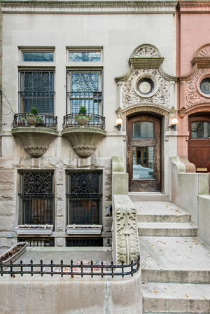 Streeteasy 6 west 95th street in upper west side 1 for Townhouses for sale in manhattan ny