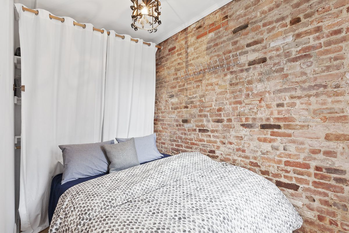 Zayn Bedroom Floor