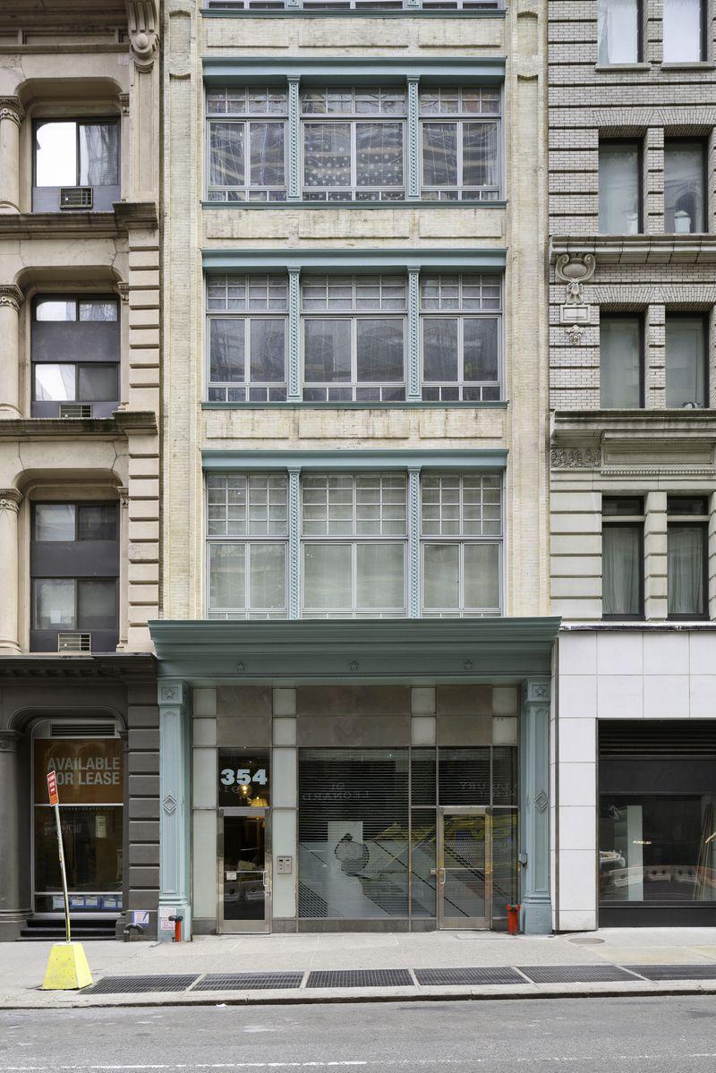 129 Lafayette Street #2C