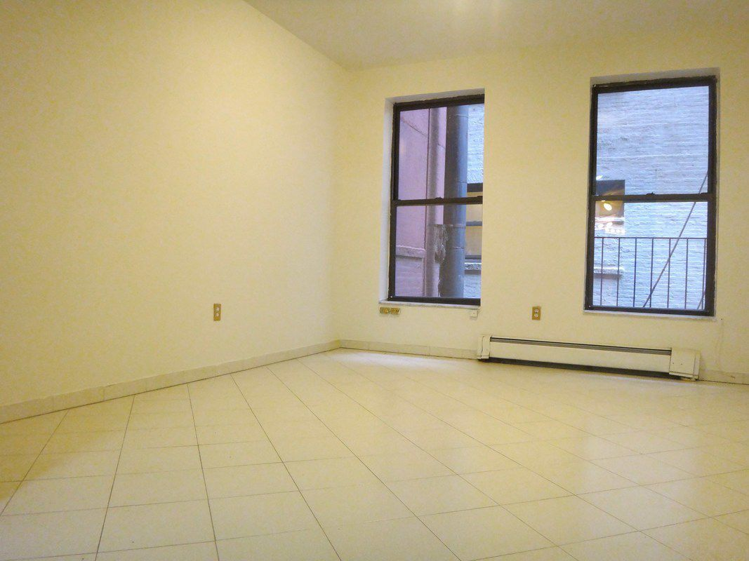 Streeteasy 1366 York Avenue In Lenox Hill 2c Sales
