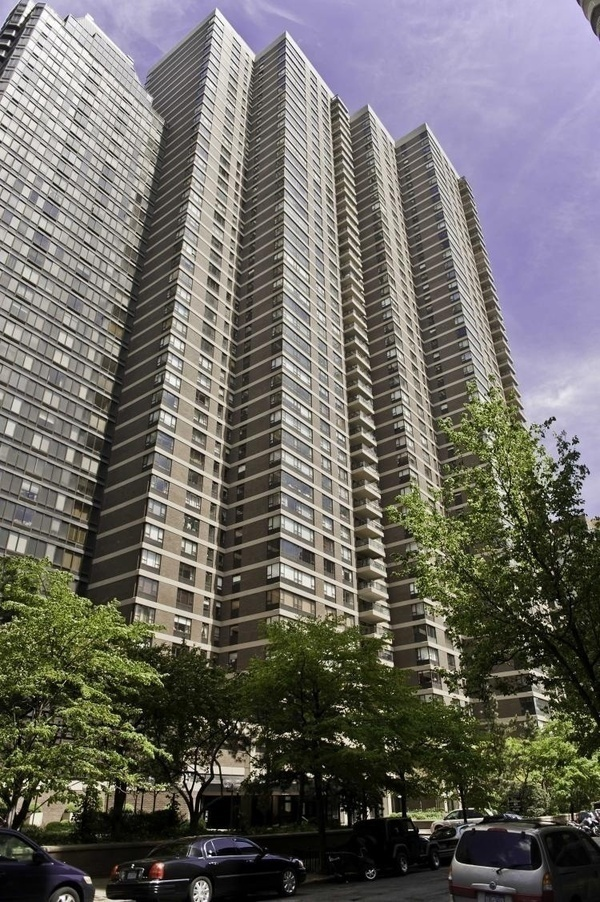 The Sovereign At 425 East 58th St In Sutton Place Sales