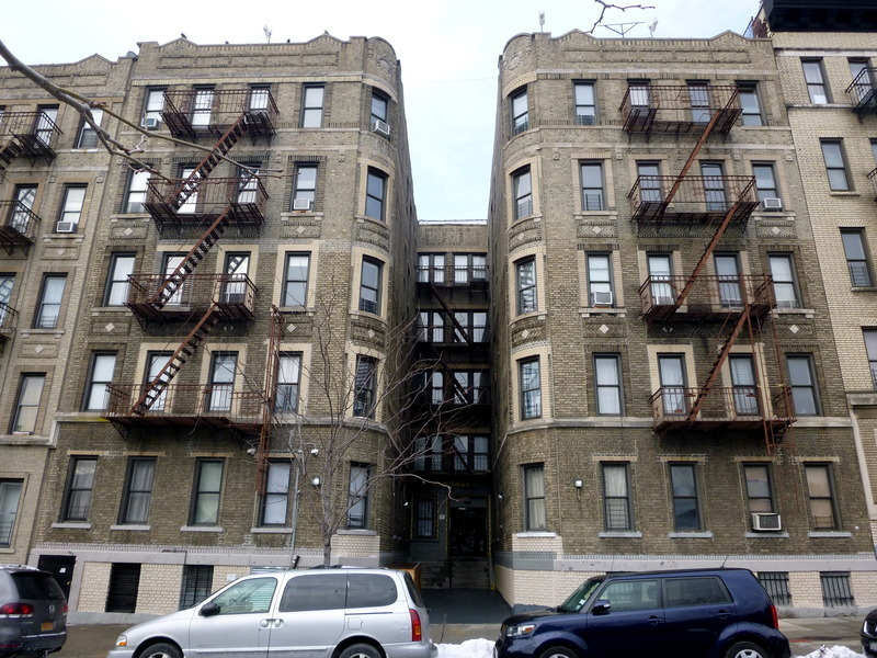 1306 St Nicholas Avenue New York: 106 Convent Ave. In West Harlem : Sales, Rentals
