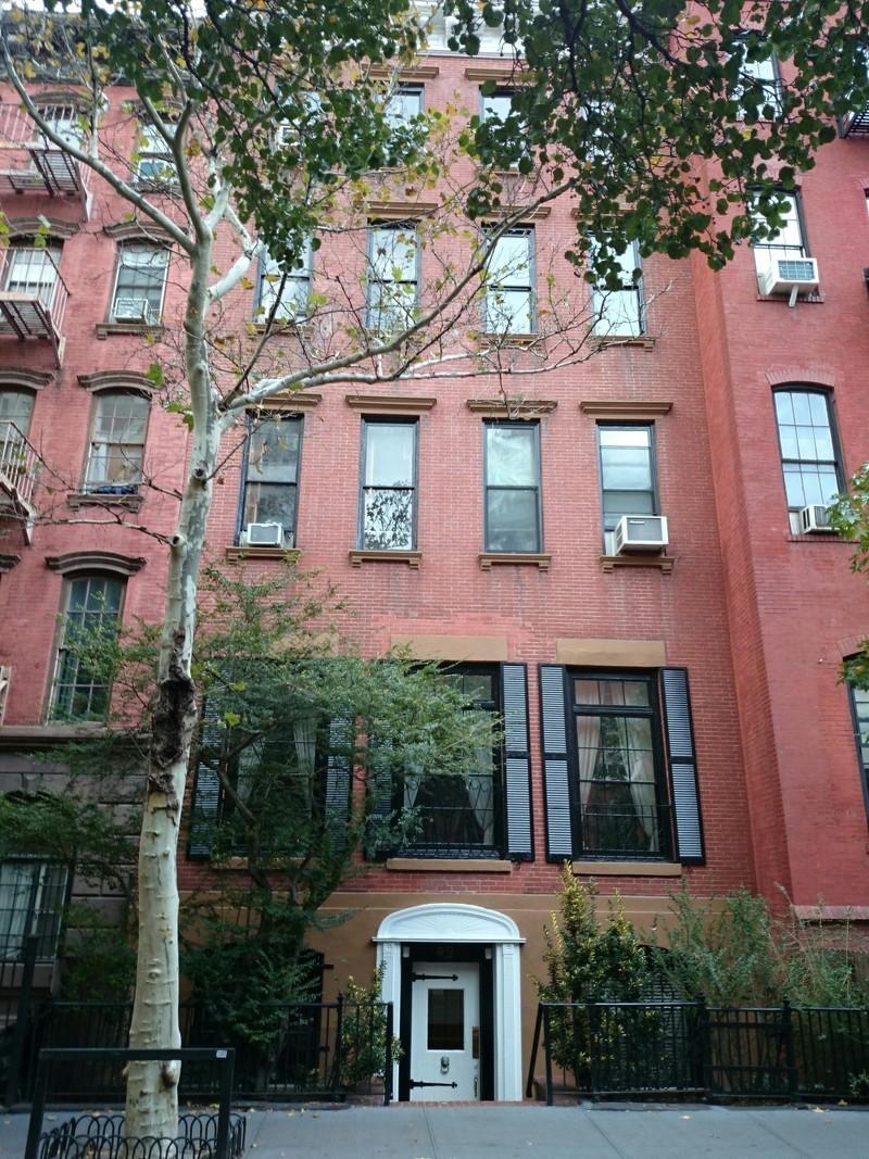 49 jane street in west village manhattan naked apartments for Manhattan west village apartments