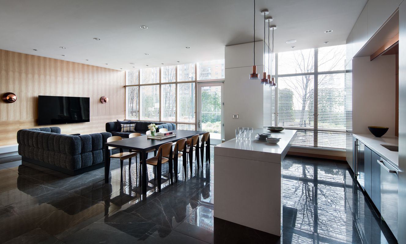 Mima at 450 west 42nd st in hell 39 s kitchen sales for 42nd street salon