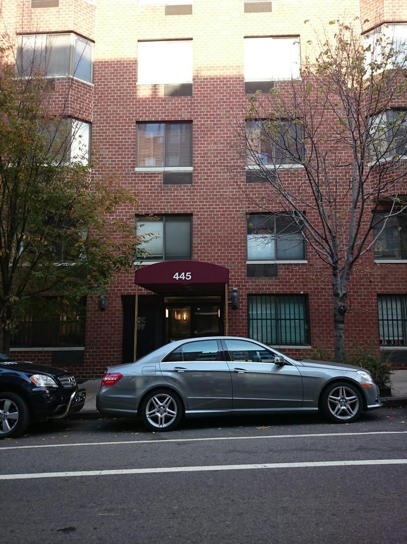 445 West 54th St In Hell S Kitchen Sales Rentals