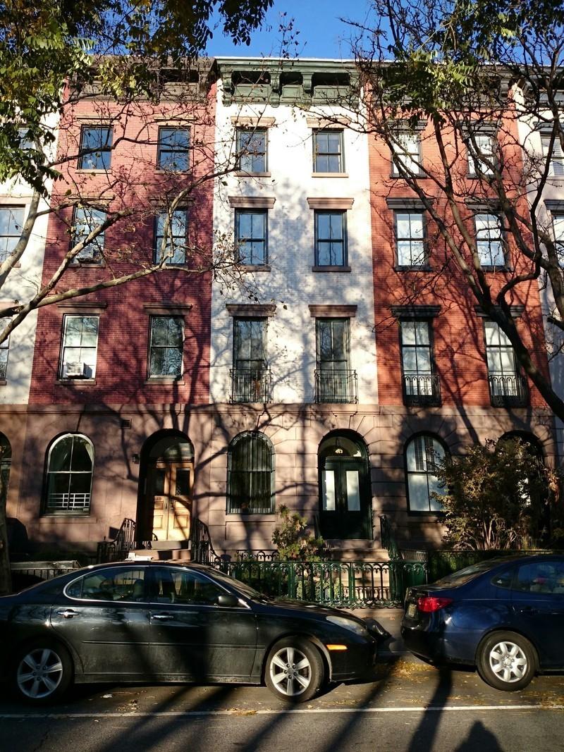 483 West 22nd Street
