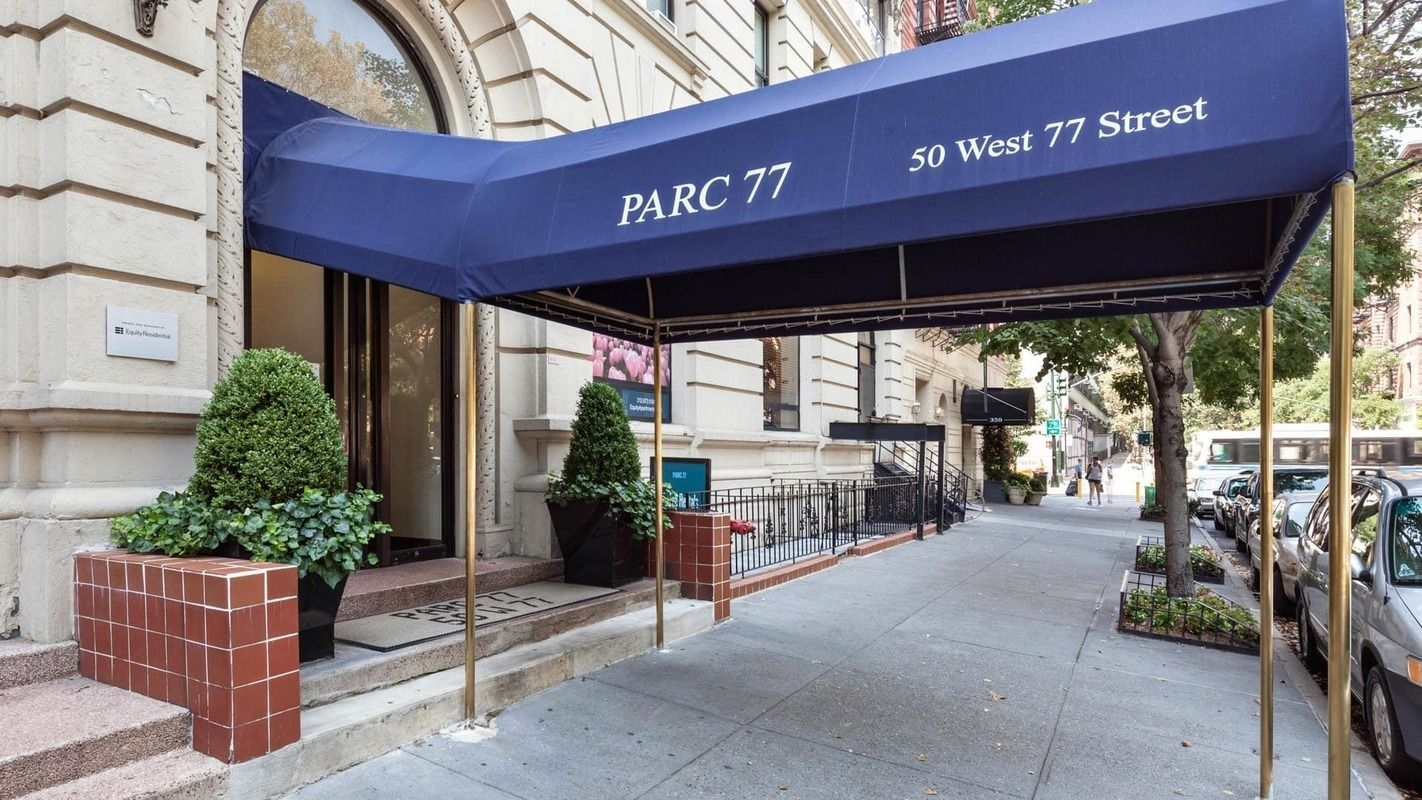Parc 77 At 50 West 77th St In Upper West Side Sales